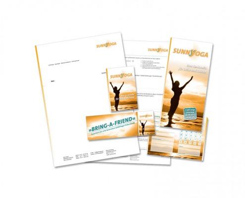 Geschäftsausstattung: sunnYoga – Logo, Briefbogen, Visitenkarte, Folder, Website etc.